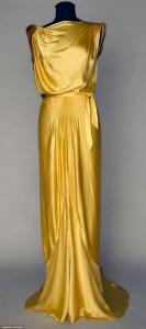 yelow gowwn